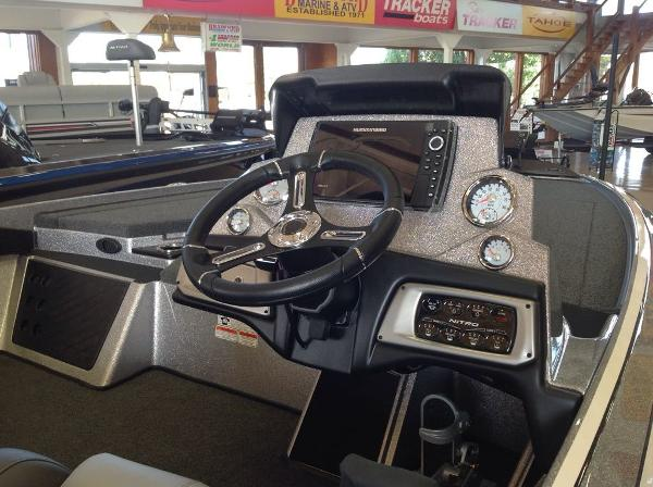2021 Nitro boat for sale, model of the boat is Z19 & Image # 7 of 7