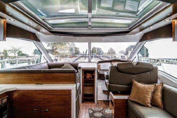 2016 Cruisers Yachts 45 Cantius Michigan City, Indiana - Bay