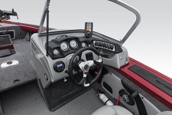 2017 Tracker Boats boat for sale, model of the boat is Targa V-18 Combo & Image # 28 of 41