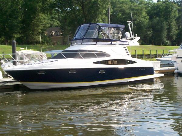 Regal 3880 Motor Yachts. Listing Number: M-3668882 40' Regal 3880