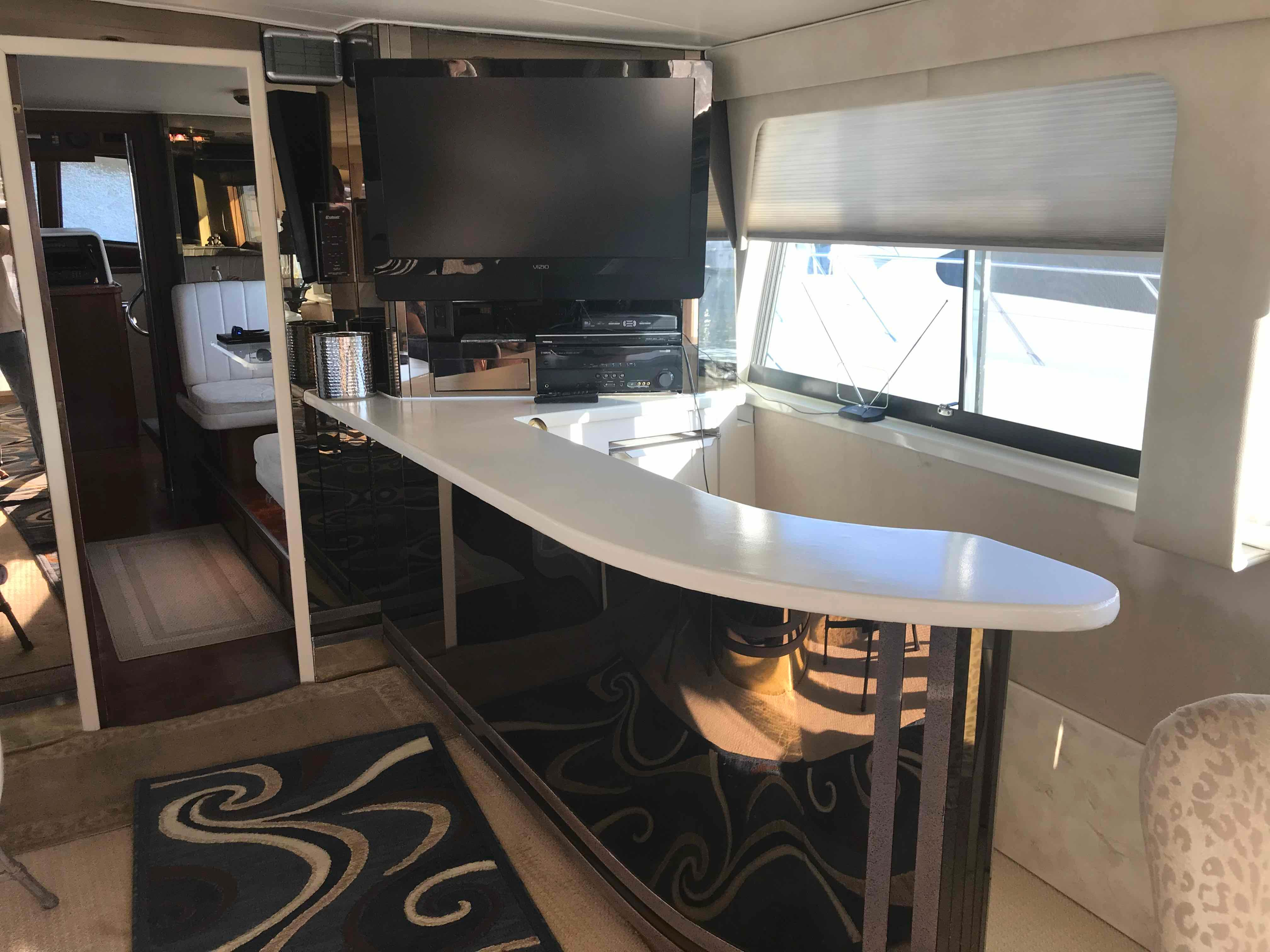 Hatteras 74 CPMY Wet Bar w/solid surface