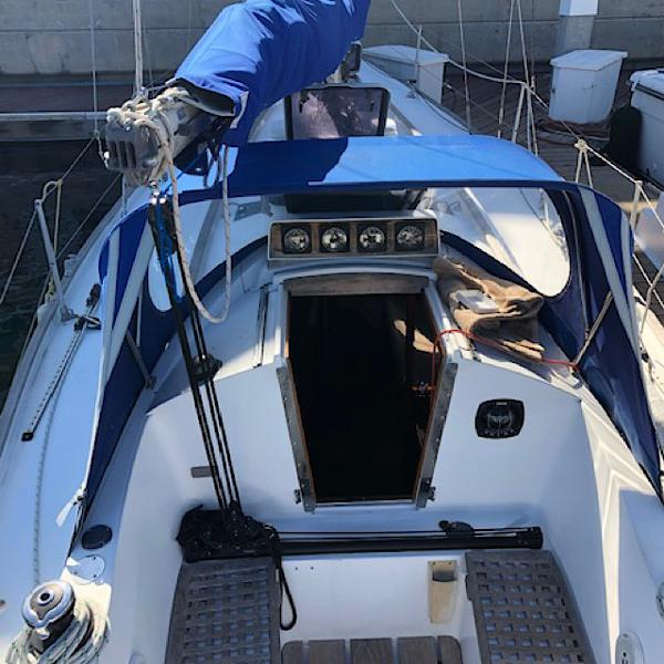 32' Rival, Listing Number 100855446, - Photo No. 2