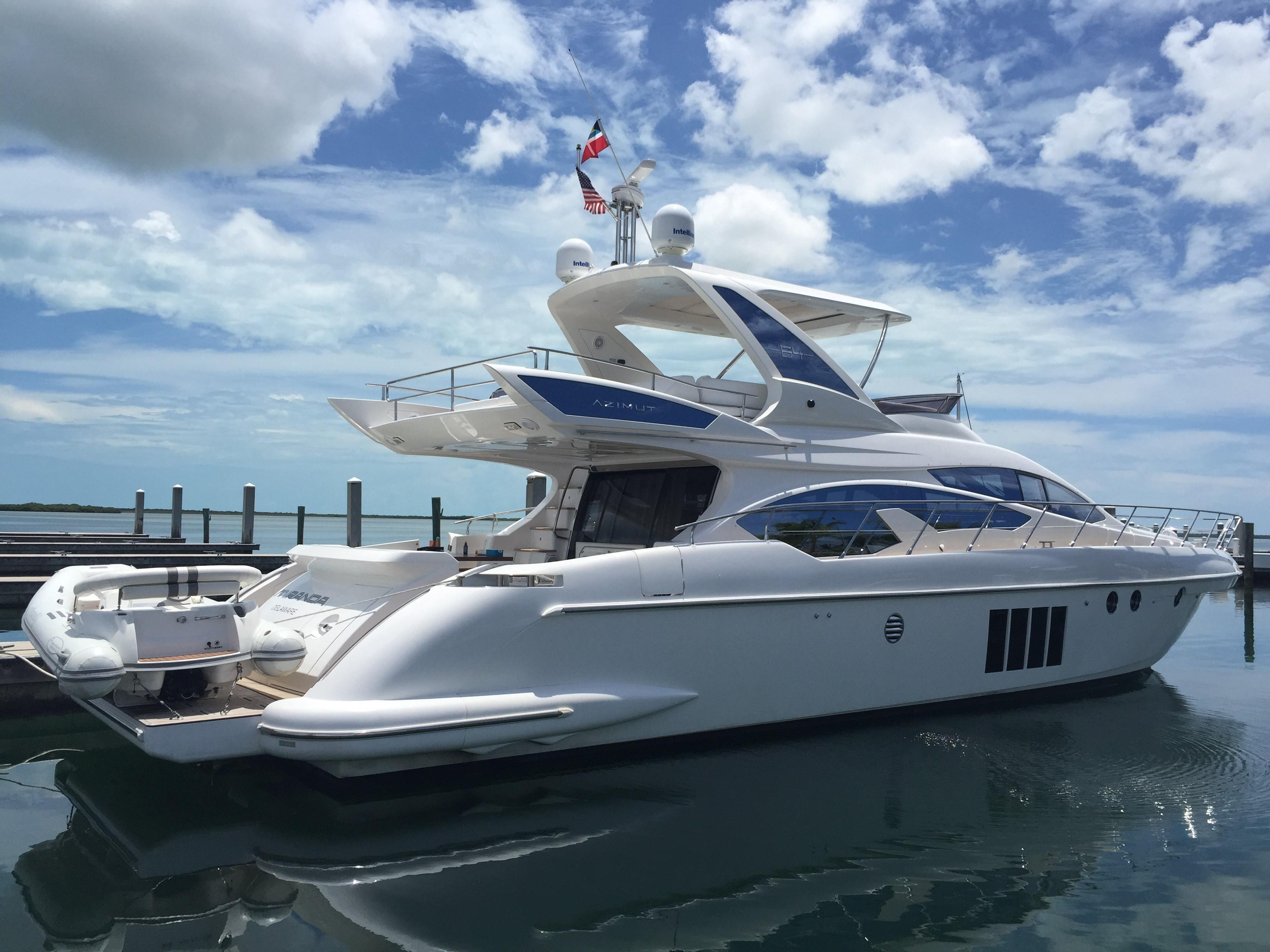 64 Azimut Miranda 2014 Not for sale in US Waters, Miami | Denison Yacht  Sales