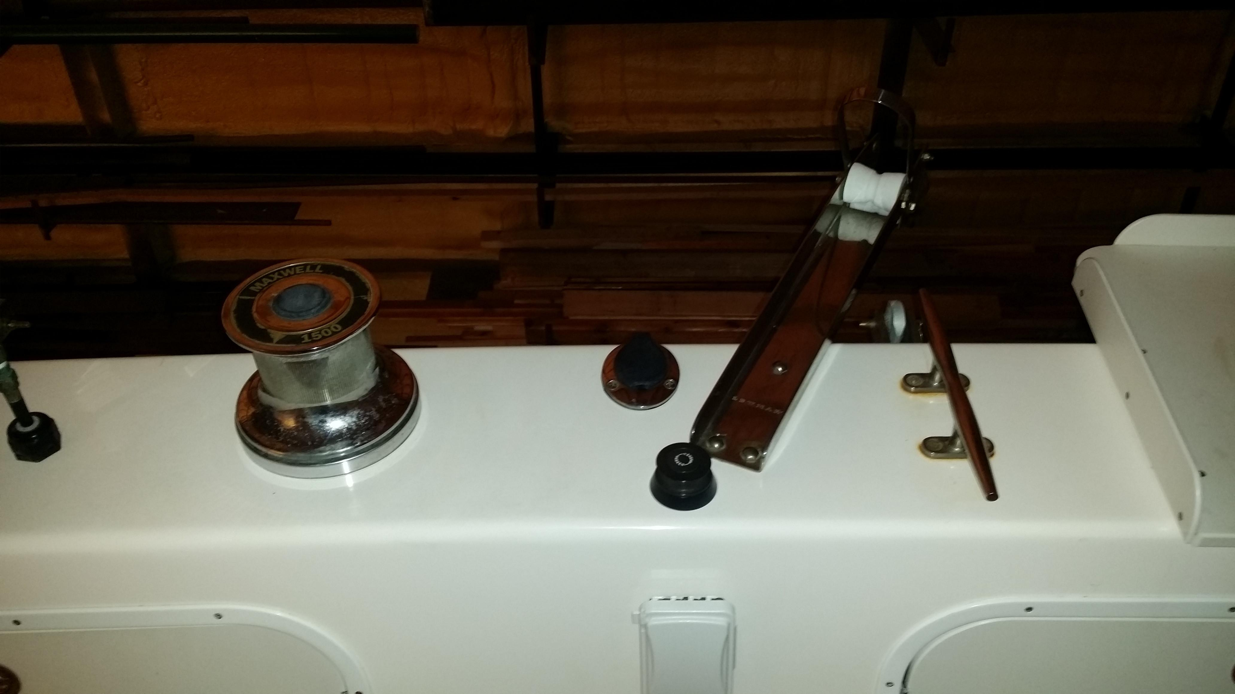 Electric Towing Winch and Aft Anchor