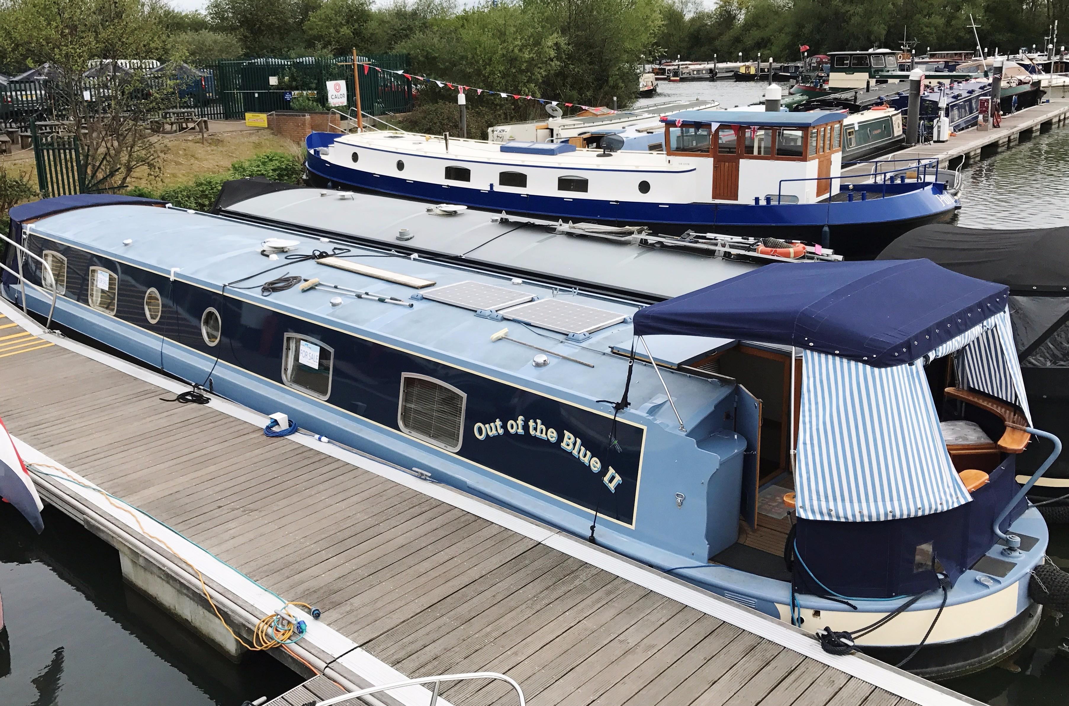 Wide Beam Narrowboat Metrofloat Richmond 60' x 11'