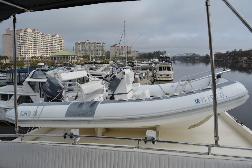 Hatteras 70 Motor Yacht - Tender