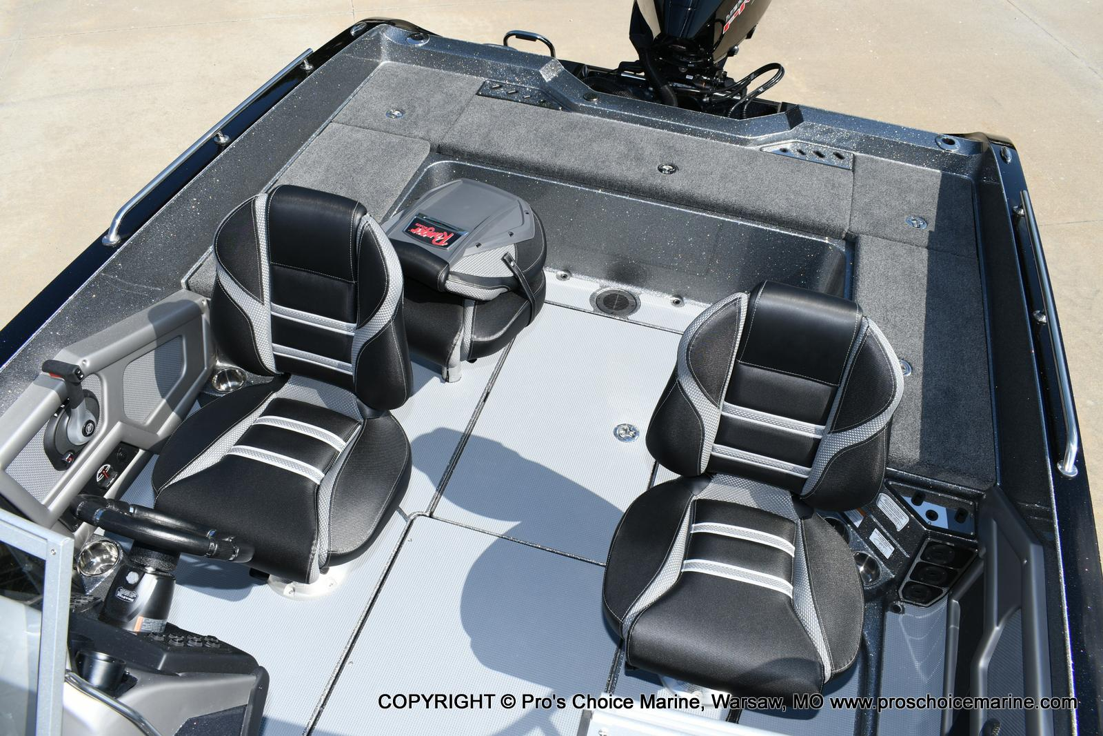 2020 Ranger Boats boat for sale, model of the boat is 619FS Ranger Cup Equipped & Image # 36 of 50