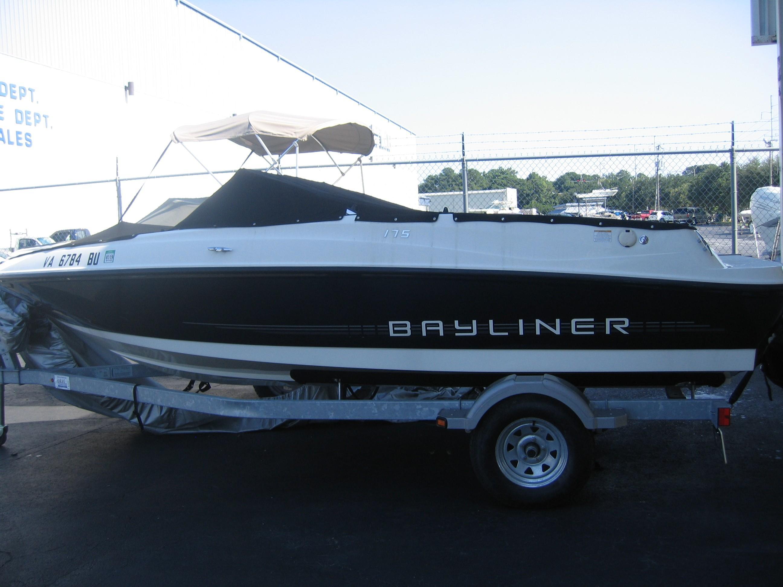 Bayliner175 Bowrider