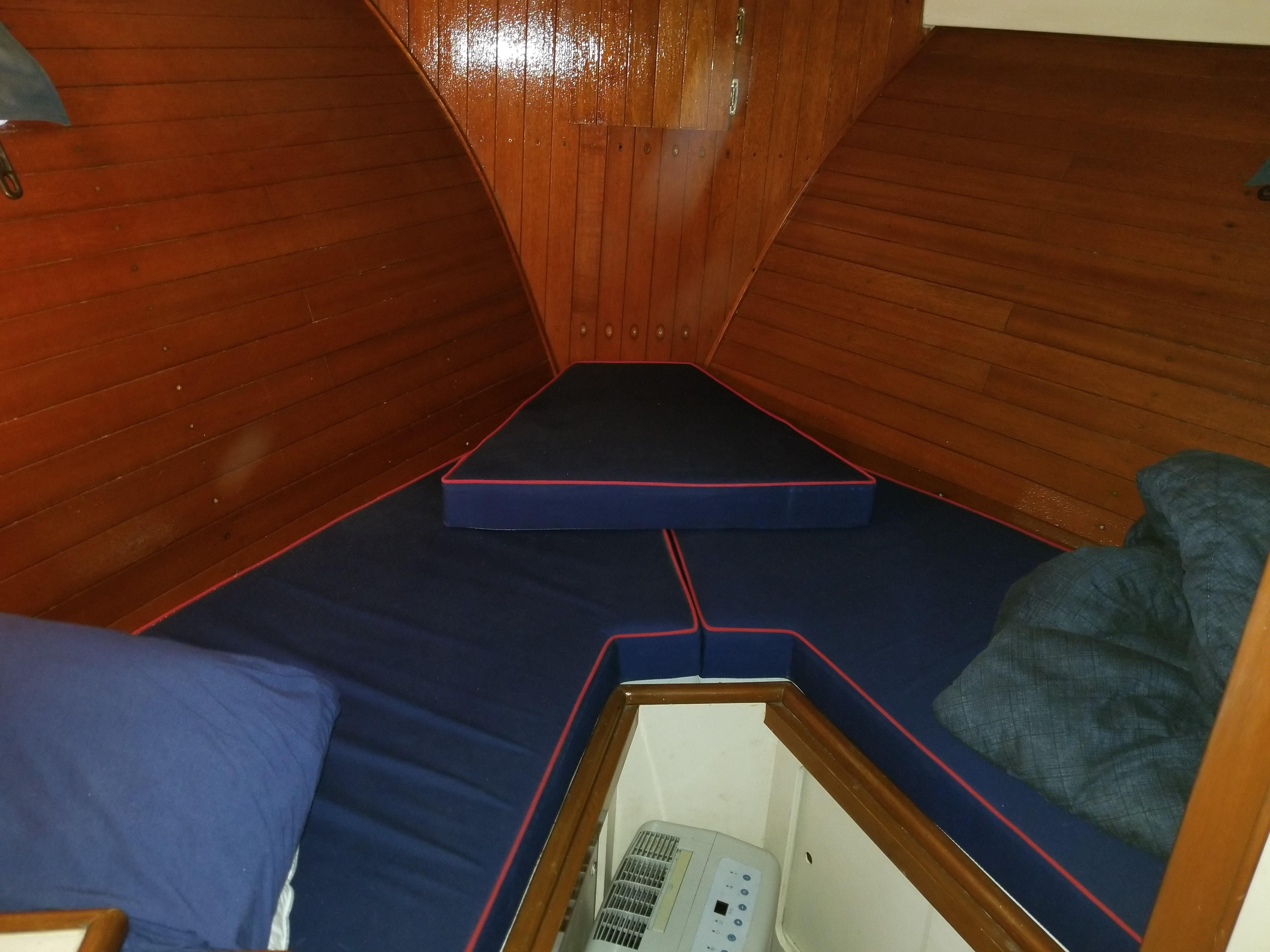 47' Pacemaker Flush Deck, Aft Cabin, Bridge 1972 | Seacoast Yachts