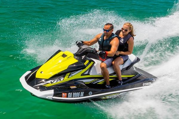 2019 Yamaha boat for sale, model of the boat is VX Deluxe & Image # 2 of 14