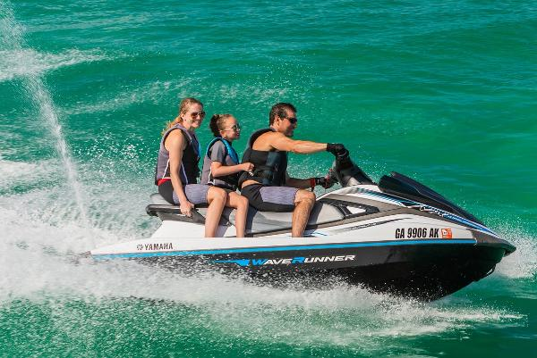 2019 Yamaha boat for sale, model of the boat is VX Cruiser & Image # 2 of 11