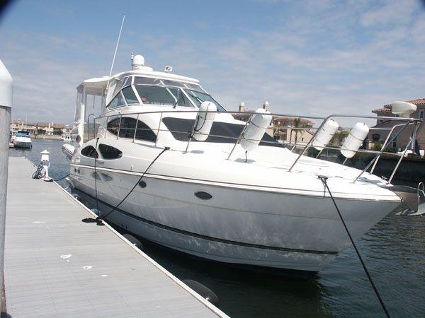 Cruisers Yachts 415 Aft Cabin Motor Yacht Motor Yachts