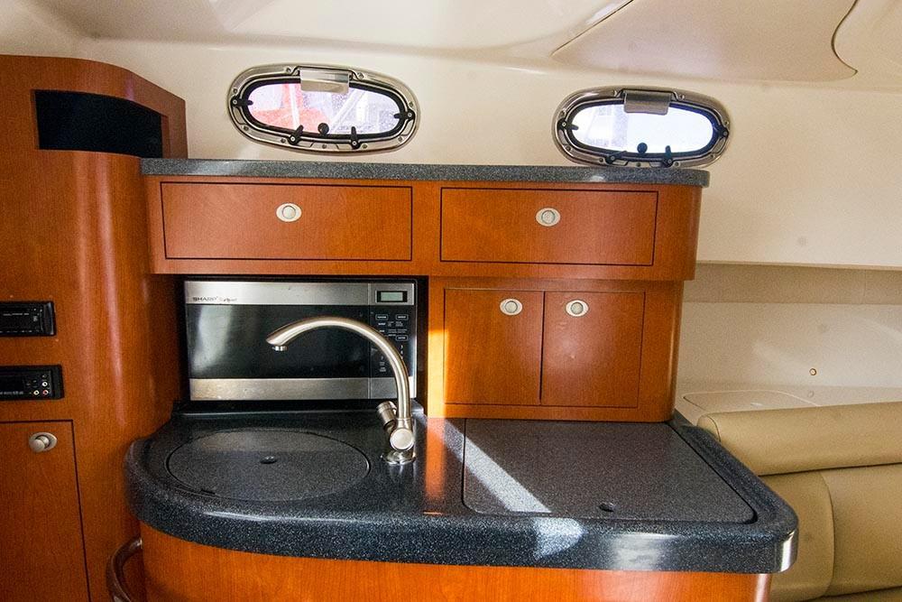 Boston Whaler 305 Conquest - Photo: #21