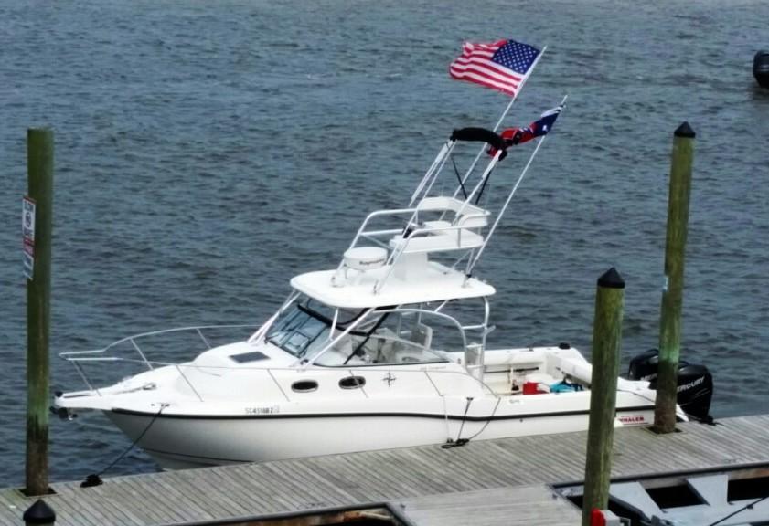 Boston Whaler 305 Conquest - Photo: #1