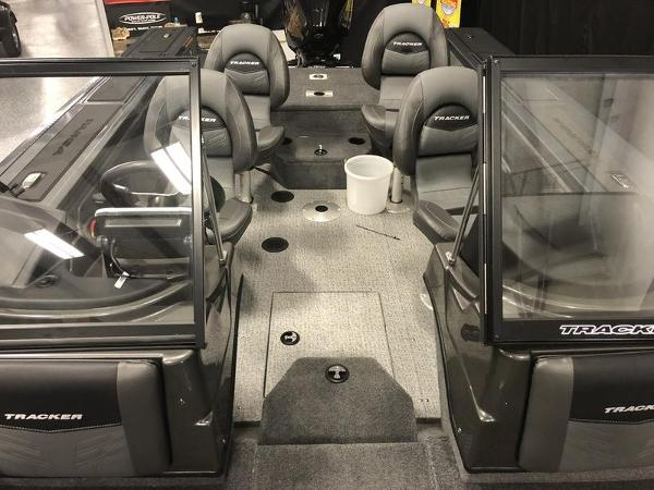 2020 Tracker Boats boat for sale, model of the boat is Targa™ V-19 WT & Image # 8 of 22