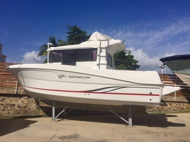 Beneteau America Barracuda 9