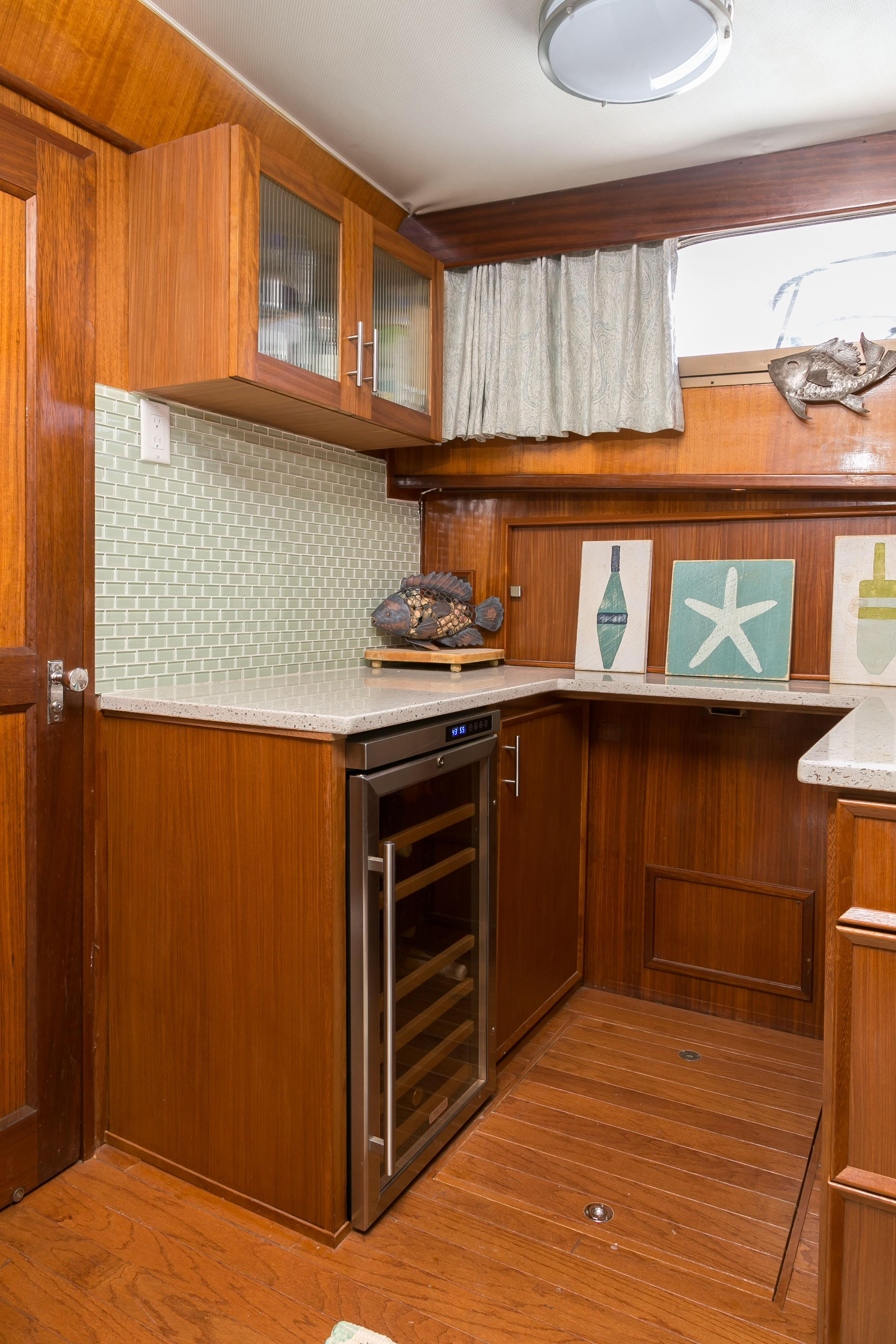 Hatteras 53 Motor Yacht - Galley to starboard