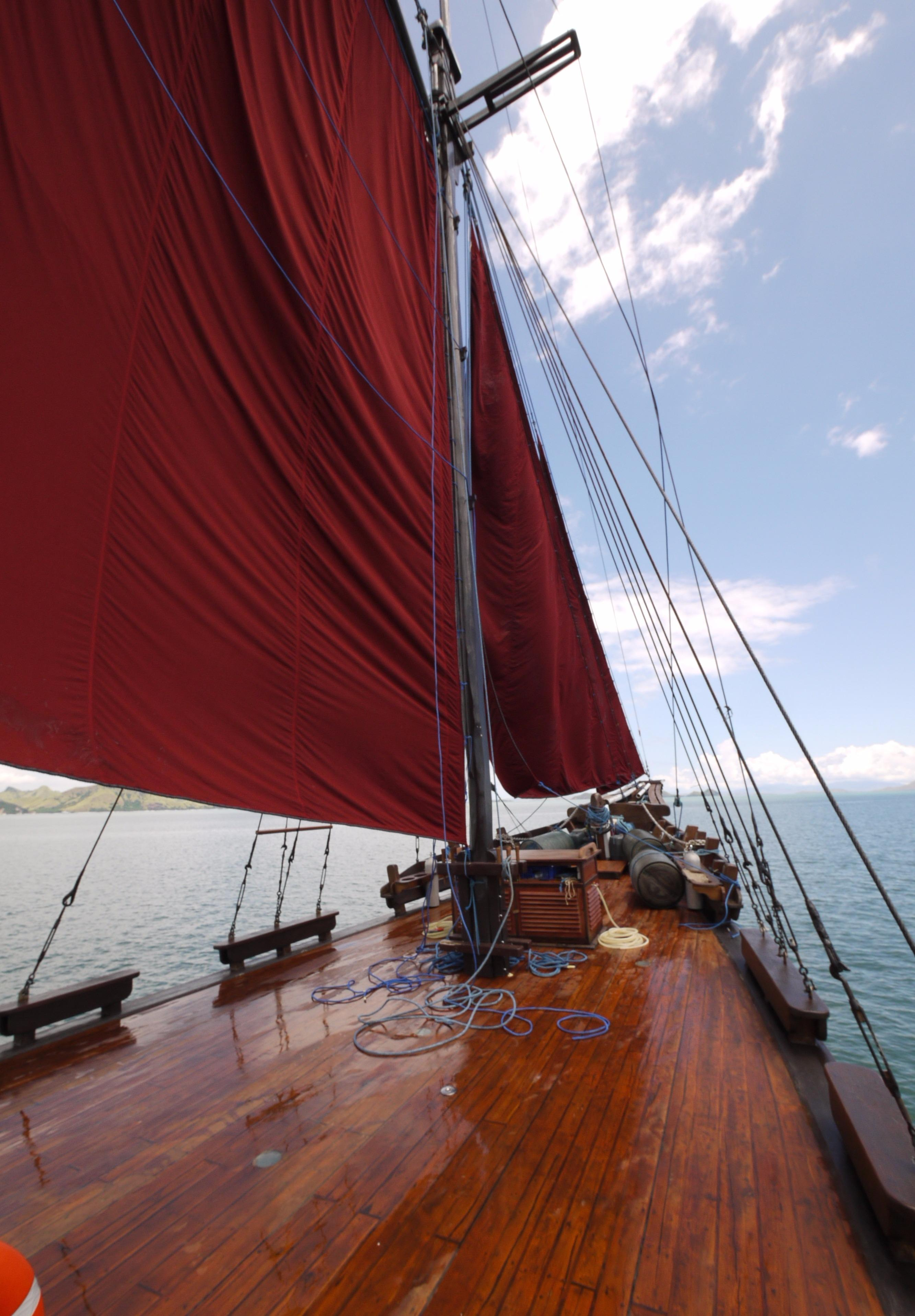 Large foredeck
