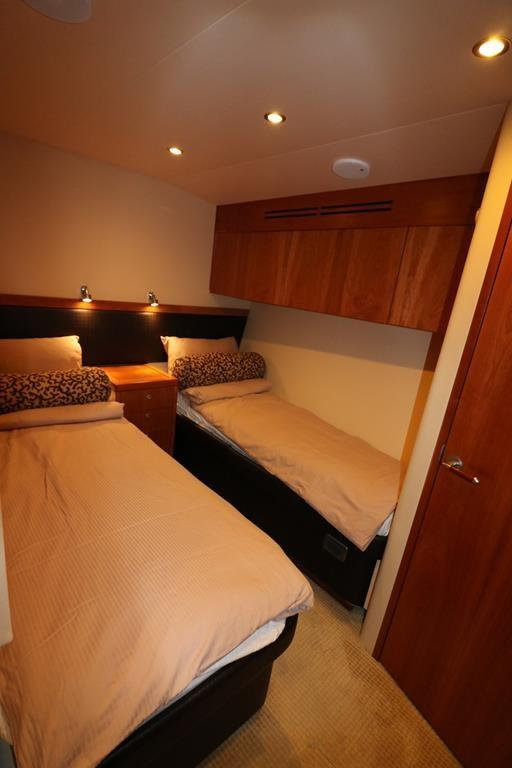 twin berth stateroom in mid port