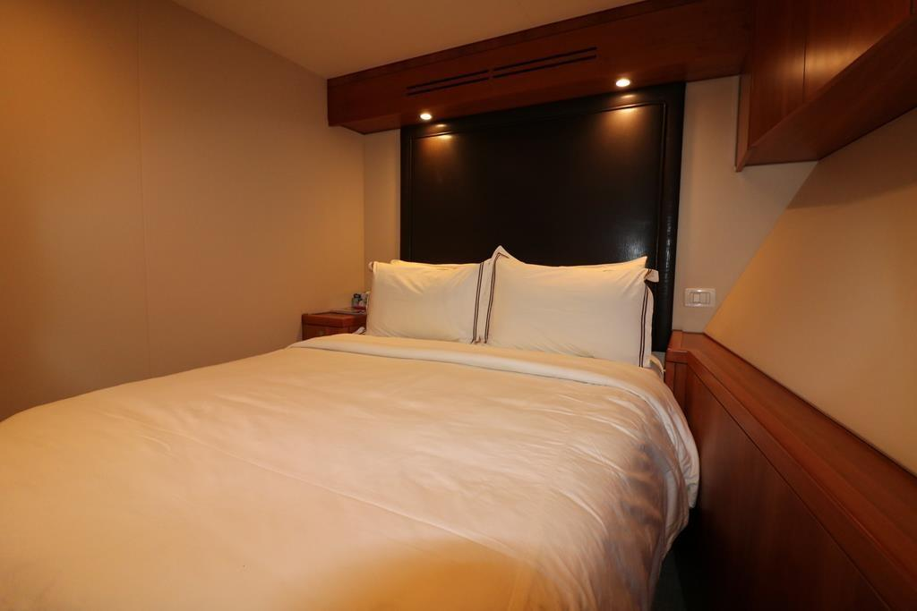 double berth stateroom in mid Starboard