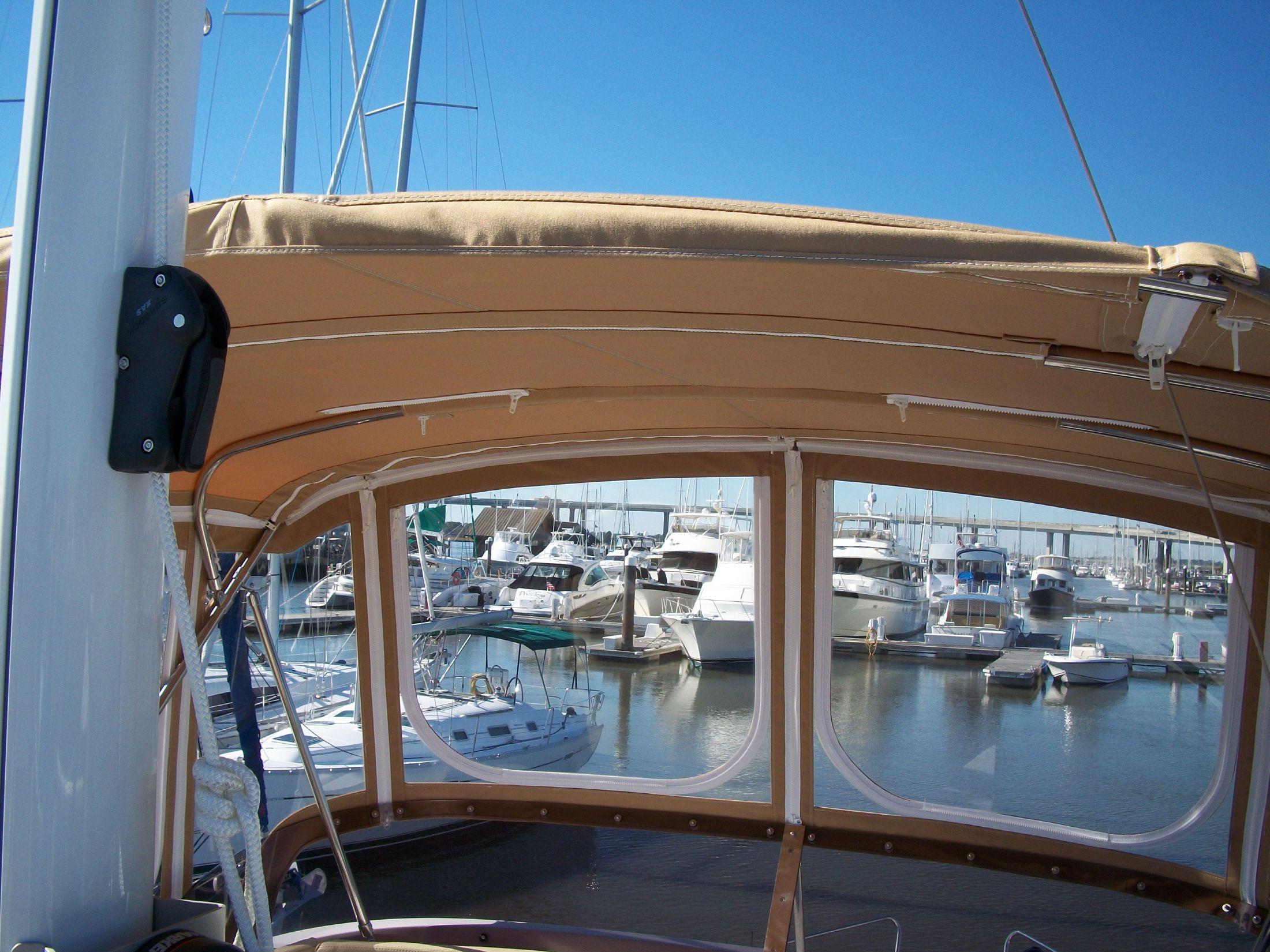 Bridge deck enclosure