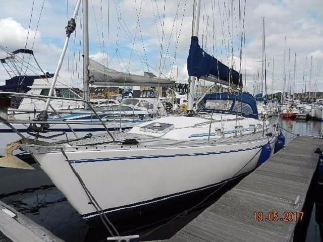 Starlight 35-wing keel