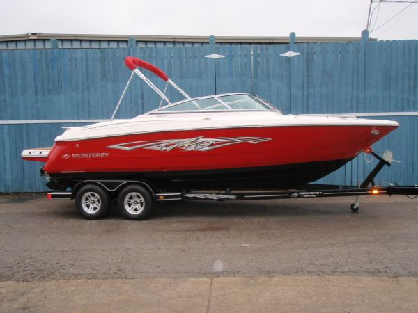 2012 Monterey 244 FS For Sale