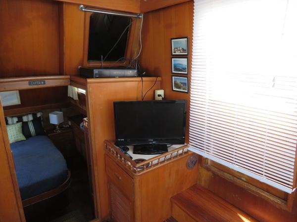 Marine Trader 38 Purchase Sell