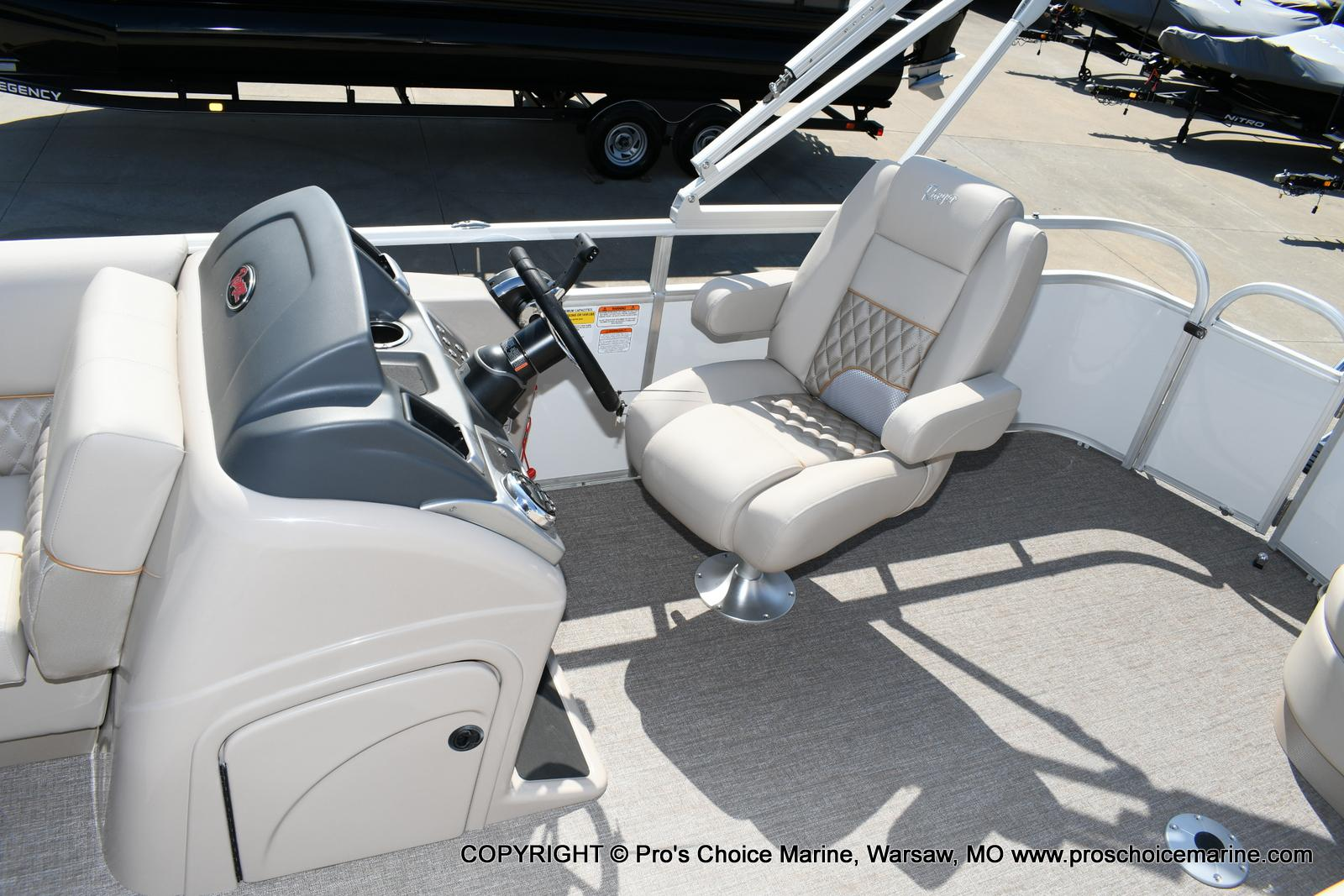 2020 Ranger Boats boat for sale, model of the boat is 220C & Image # 6 of 50