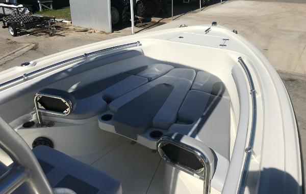 2019 Mako boat for sale, model of the boat is 214 CC & Image # 105 of 112