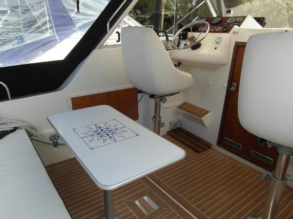 1982 Fairline Mirage 29