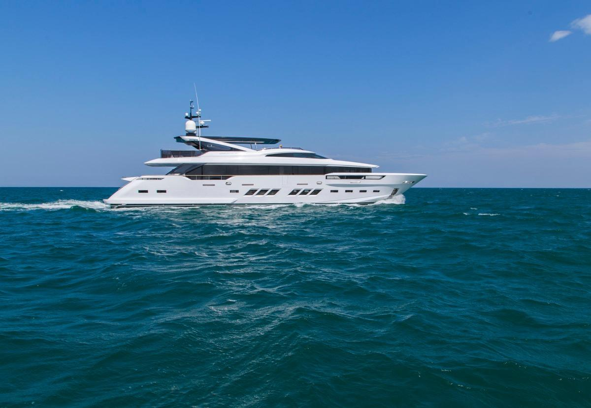 Manufacturer Provided Image: Dreamline 34 At Sea