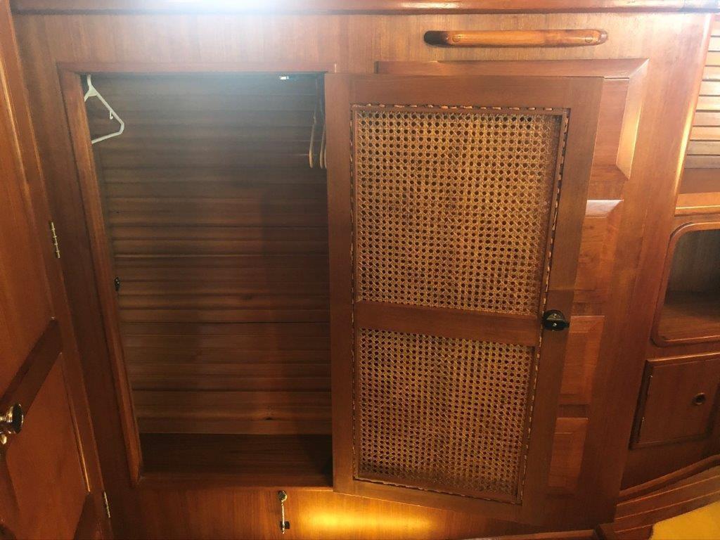 Aft stateroom hanging locker