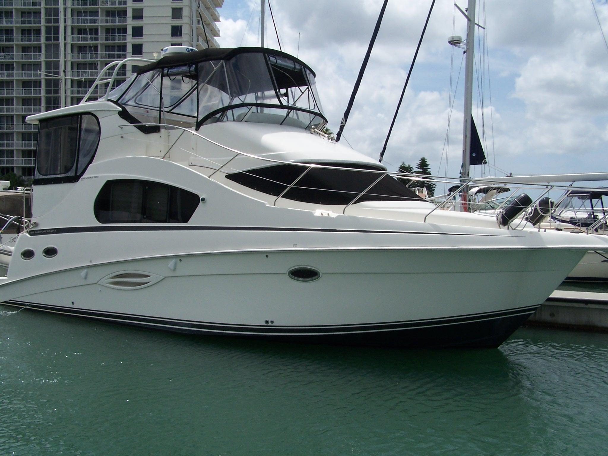 Silverton 35 Motor Yacht - Main Photo