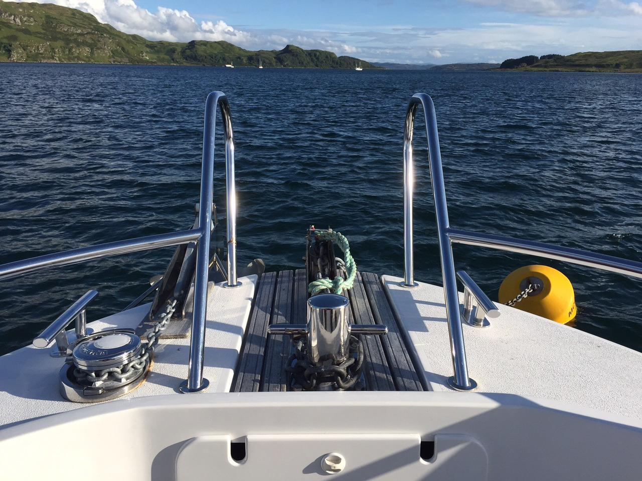 Minor Offshore 31 for sale - bow