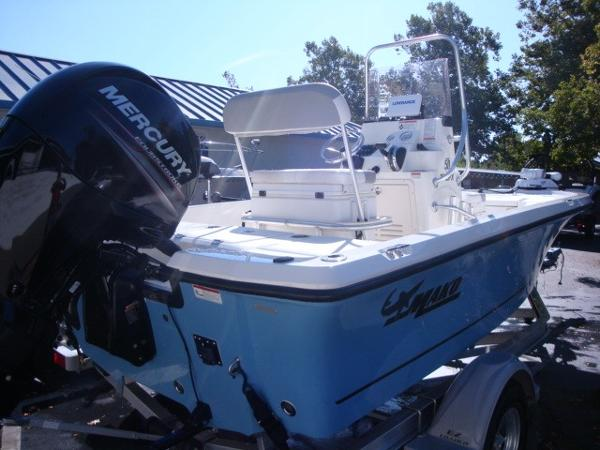 2018 Mako boat for sale, model of the boat is 19 CPX & Image # 3 of 11