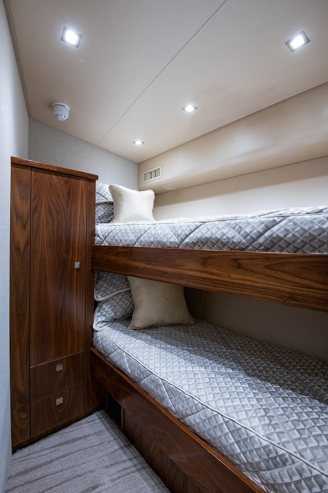 80 Viking Forward Starboard Guest Stateroom