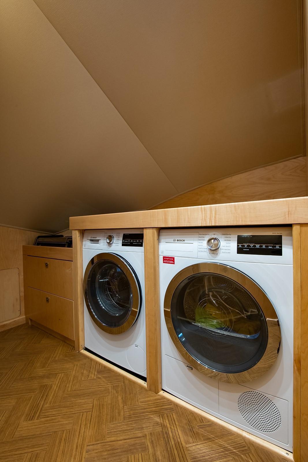 80 Viking Laundry