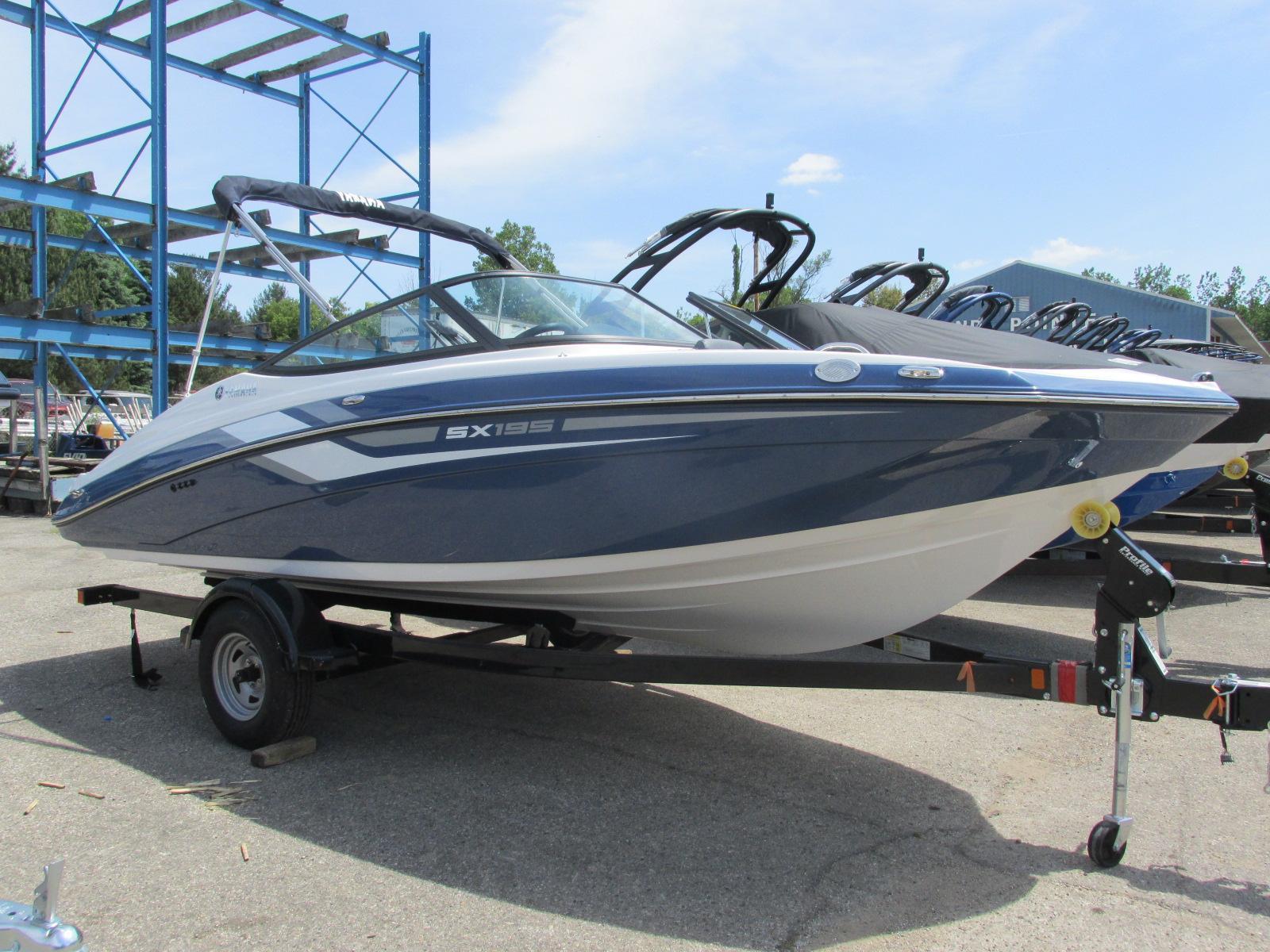 Yamaha BoatsSX195
