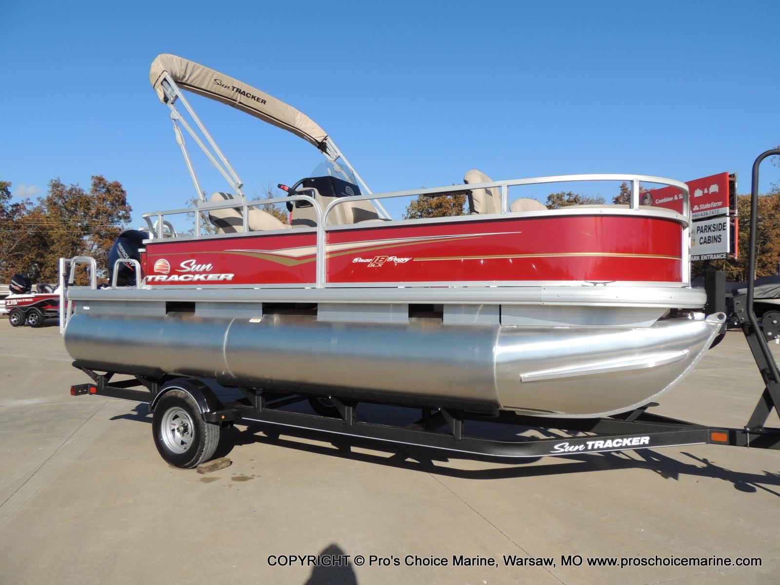 2020 Sun Tracker boat for sale, model of the boat is Bass Buggy 18 DLX & Image # 1 of 50