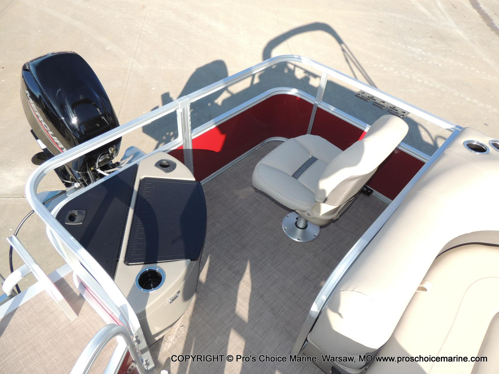 2020 Sun Tracker boat for sale, model of the boat is Bass Buggy 18 DLX & Image # 17 of 50