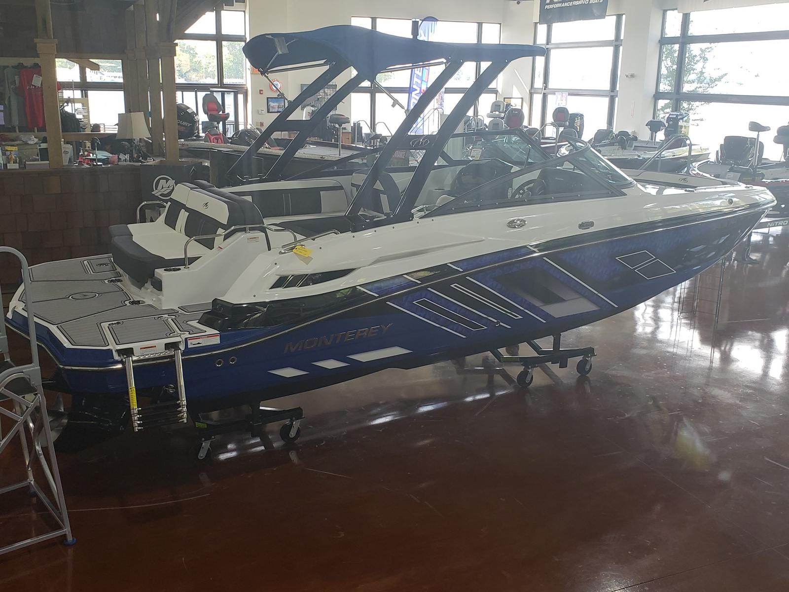 2019 Monterey boat for sale, model of the boat is M4 w/ I/O Mercruiser 300HP CAT.2.2 BR3 & Image # 1 of 2574