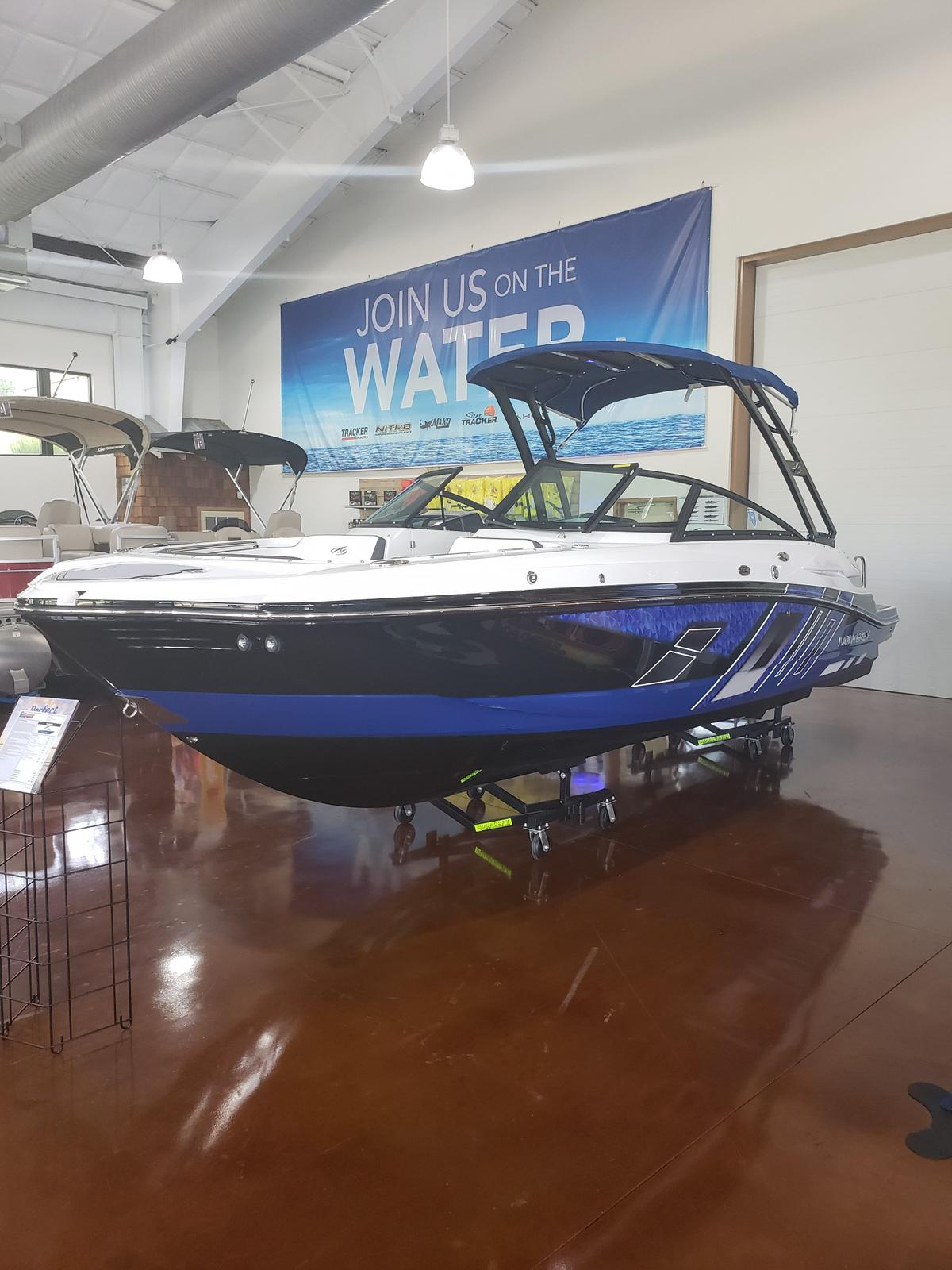 2019 Monterey boat for sale, model of the boat is M4 w/ I/O Mercruiser 300HP CAT.2.2 BR3 & Image # 937 of 2574