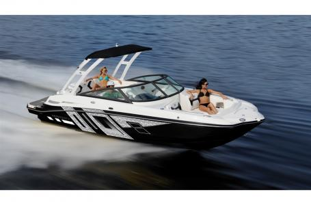 2019 Monterey boat for sale, model of the boat is M4 w/ I/O Mercruiser 300HP CAT.2.2 BR3 & Image # 157 of 2574