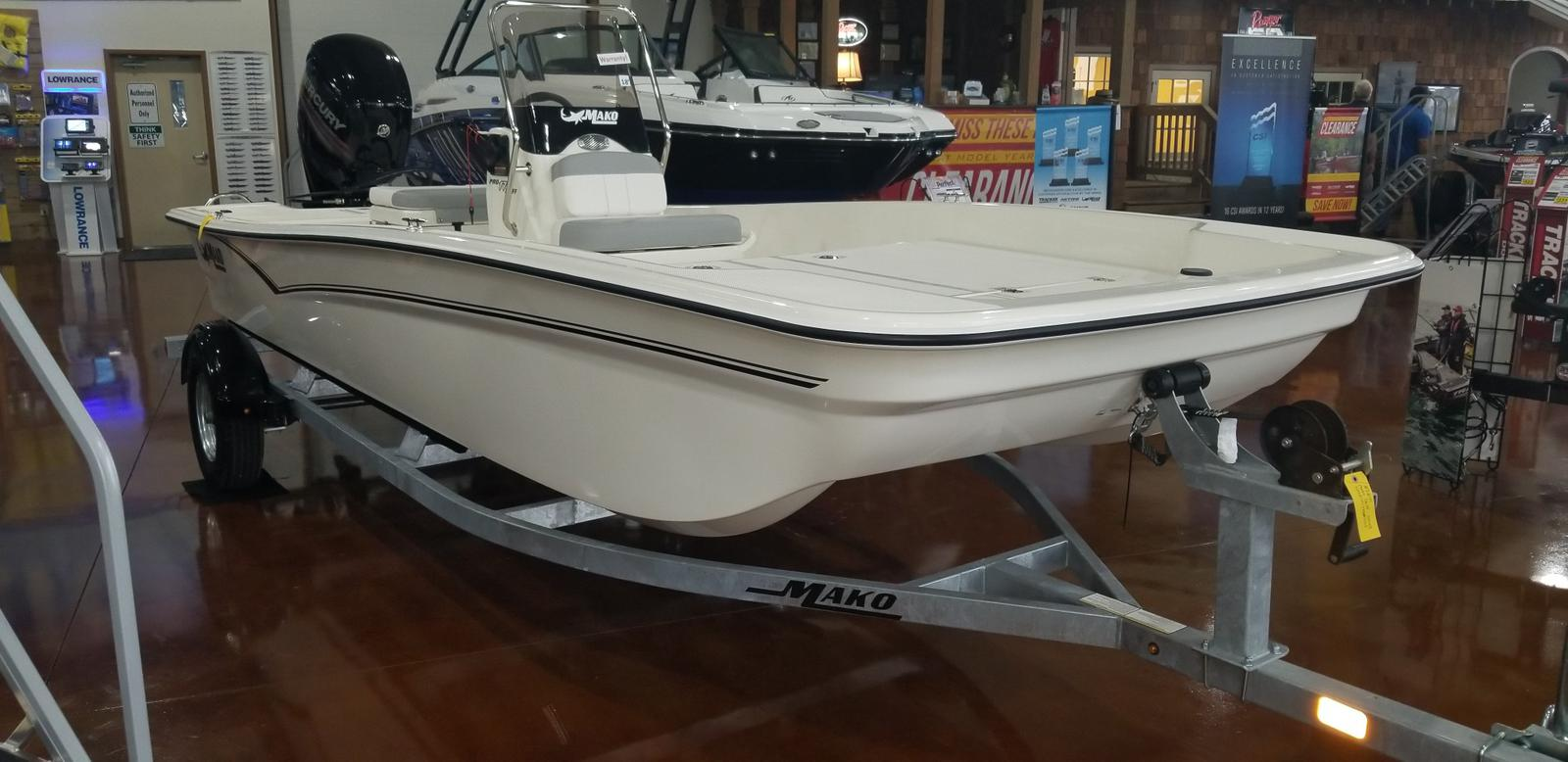 2019 Mako boat for sale, model of the boat is SKIFF 17 w/ Mercury 75ELPT 4S & Image # 26 of 40
