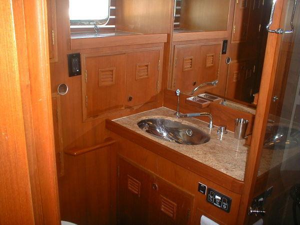 Aft Cabin Vanity