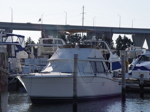 Trojan F-36 Convertible Convertible Boats. Listing Number: M-3810989