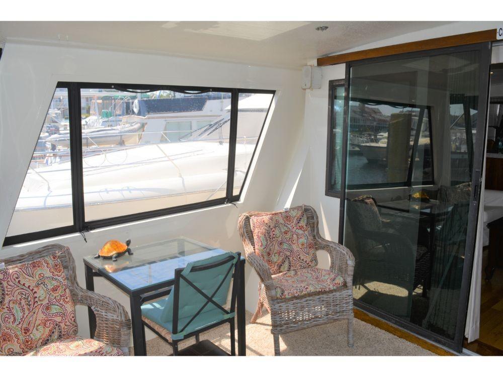 Hatteras 58 Motor Yacht - Aft Deck
