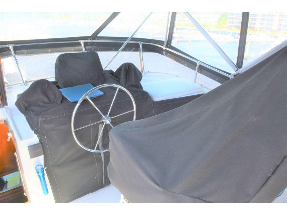 Hatteras Motor Yacht - Helm and Seat Covers