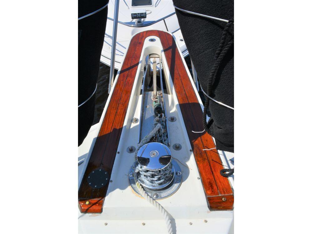 Hatteras 58 Motor Yacht - Pulpit